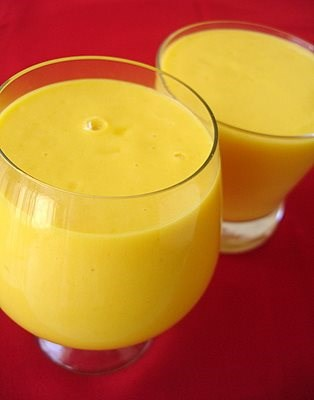 Summer Mango Smoothie