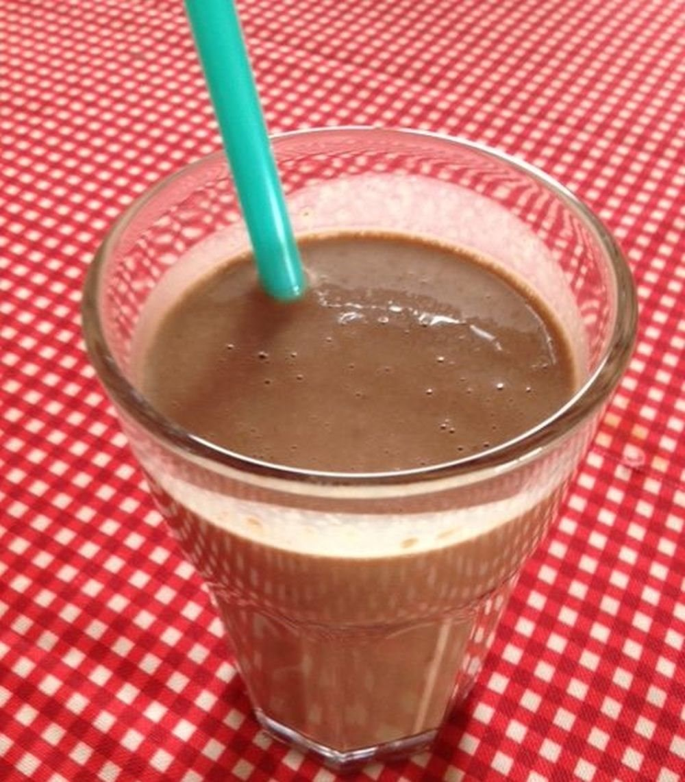 Chocolate Banana P-Butter Smoothie