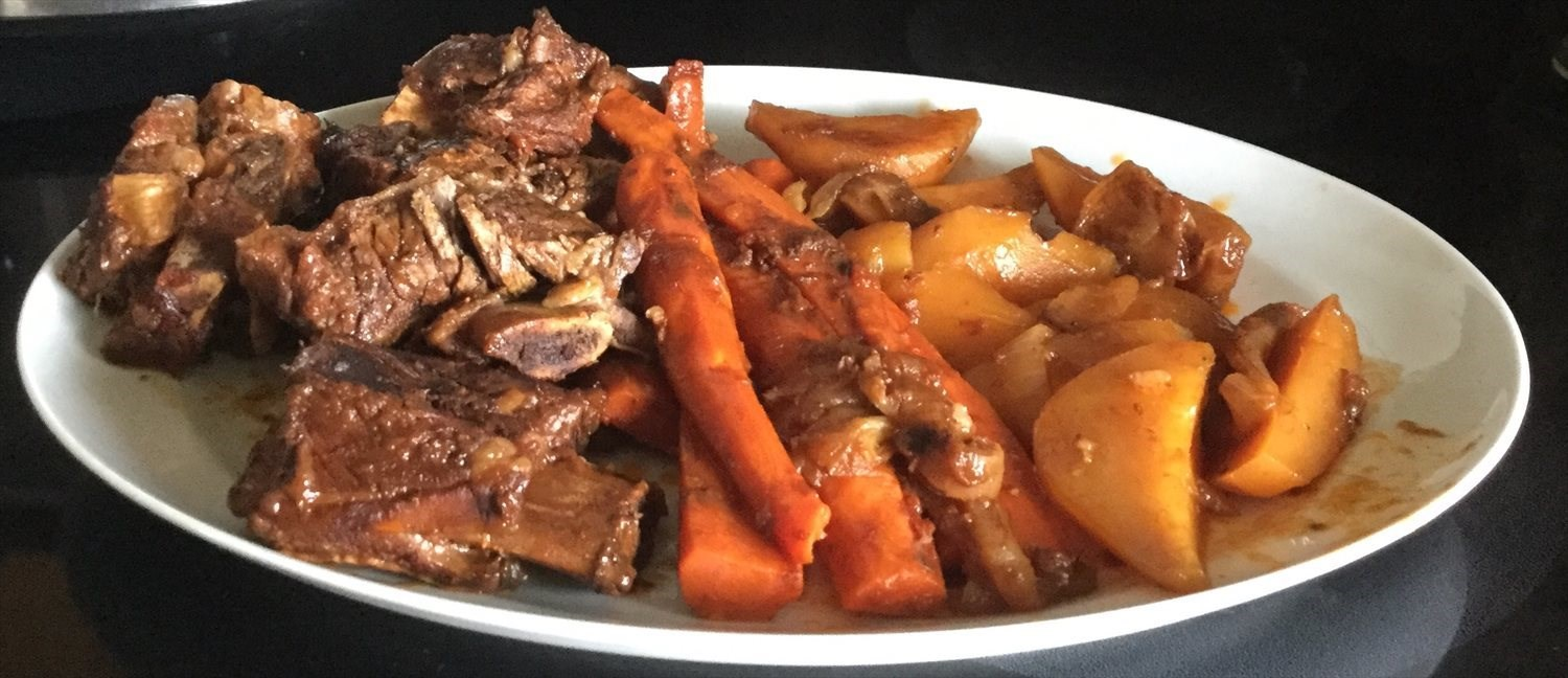 Crockpot Red Wine Beef Short Ribs