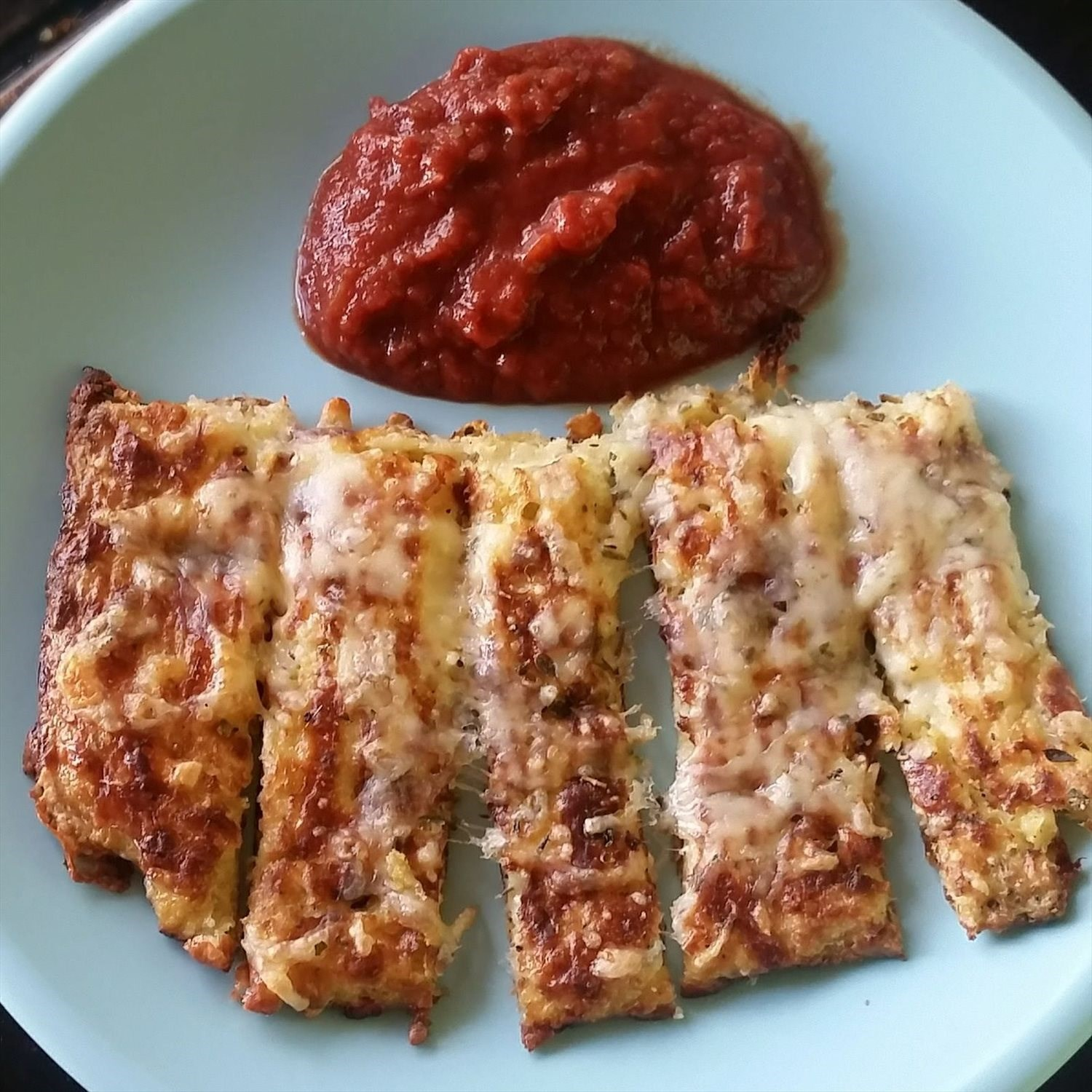 Cauliflower Bread Sticks and Marinara