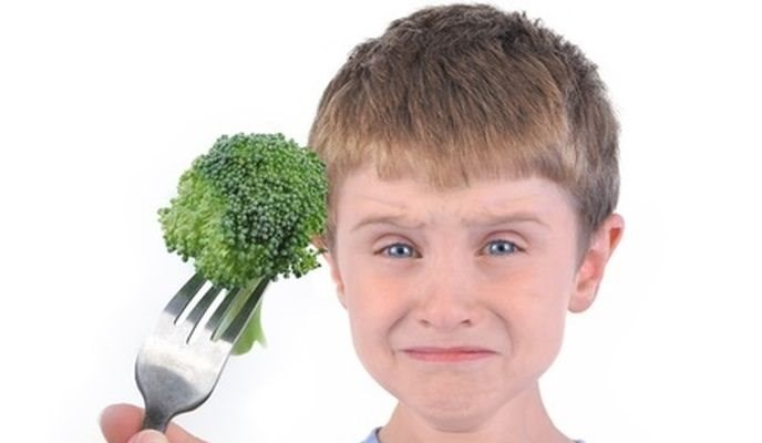 What to Feed a Picky Eater: 2 Simple Strategies