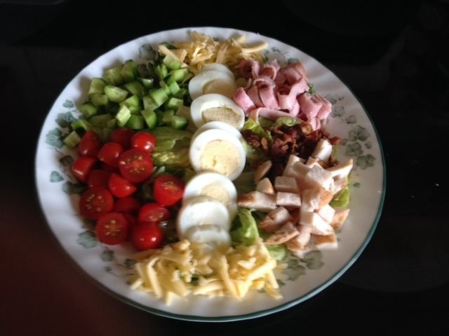 Classic Cobb Dinner Salad