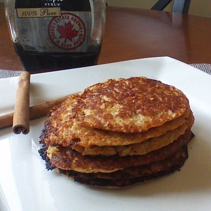 Greek Yogurt Applesauce Pancakes