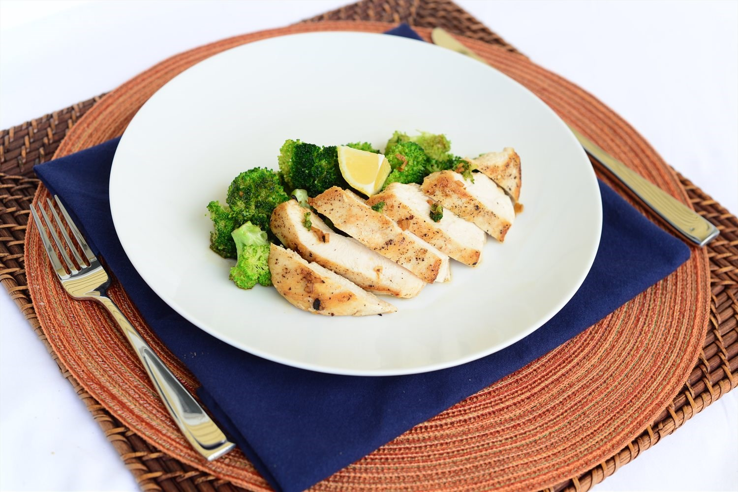Lemon Chicken and Broccoli Skillet
